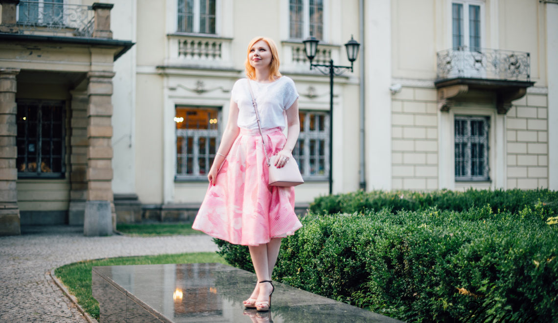 Idealna różowa spódnica znaleziona